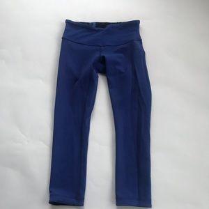Lululemon reversible size 4 XS Capri crop leggings